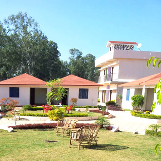 Corbett Gateway Resort & Spa
