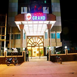 Hotel PLR Grand