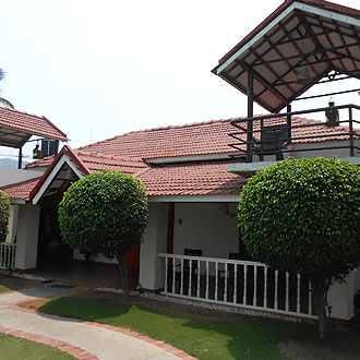Bay Leaf, Ayurveda Spa Resort