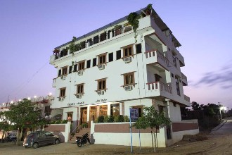 Hotel Teerth Palace
