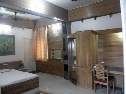 Hotel Surana Palace, Ujjain